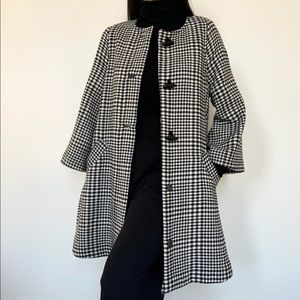 H&M Houndstooth mod bell sleeve coat size 4